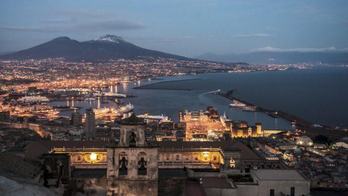 Napoli oraș mare vulcan